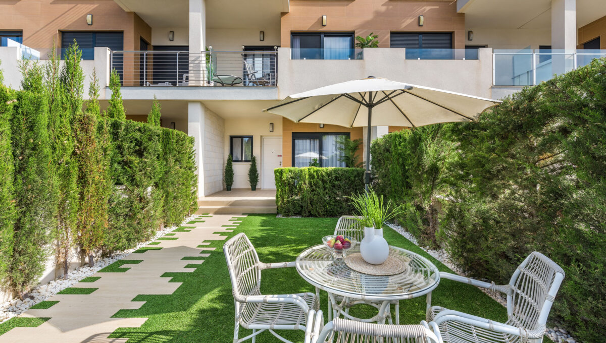 la-zenia-beach-ii-garden-luxurious-property-for-sale-in-orihuela-costa_o_1dcji2iuikd29li11pn4de1g451t